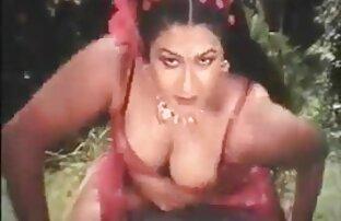 Miami Latina vidéo amateur sexy gratuit avec de beaux seins écarte la chatte et le cul