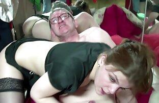 Corps parfait et gros seins streaming sexe amateur masturbation jusqu'à l'orgasme vid