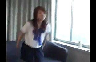 Bombasse en chaleur se video pornographique amateur gratuite fait étirer la chatte