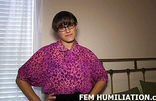 Chelsea salope amateur sexd britannique dans une scène lesbienne