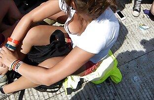 Adoration des pieds de deux jeunes video amateur de x gratuit filles