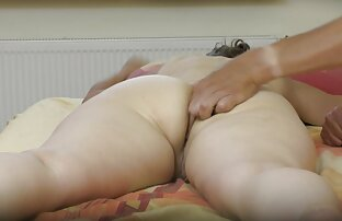 Jeune ado amatrice sexy video se masturbe pour la première fois
