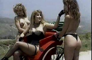Des stars sexe video gratuit amateur du porno lesbiennes jouent au porno