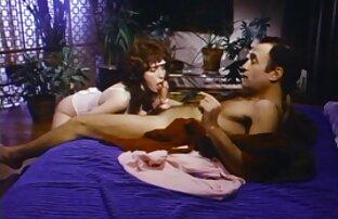 Sexe chaud avec jolie salope sex amateur en streaming asiatique 4